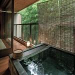 厳しい冬を楽しみに変える!温泉で温まる、金沢の宿3選