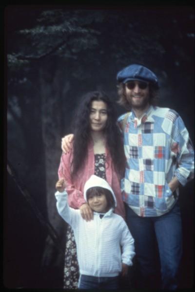 John Lennon, Yoko Ono and Sean Ono Lennon. Summer 1979, Japan. Photo by NIshi F. Saimaru ©Nishi F Saimaru and ©Yoko Ono